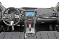Subaru Outback и Legacy 2010 модельного года, фото 5
