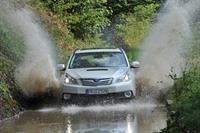 Subaru Outback и Legacy 2010 модельного года, фото 7