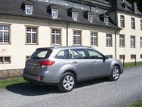 Subaru Outback и Legacy 2010 модельного года, фото 15