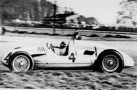 На аукционе «Christie's» выставлен гоночный автомобиль Auto Union Type D, фото 2