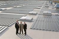 Volkswagen переходит на солнечную энергию, фото 2