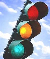 Госдума не разрешила поворот направо под «красный свет», фото 1