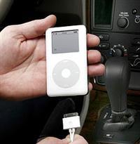 Apple iPod атакует автопром, фото 1