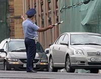 За разговор по сотовому телефону водителей предлагают лишать прав, фото 1