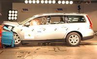 Volvo пользует ДТП, фото 1