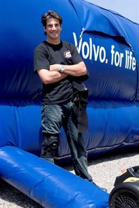 Самая большая подушка безопасности от Volvo, фото 2