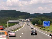 Каждый второй автомобиль в Германии неисправен, фото 1