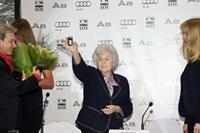 Audi подарила ГМИИ им. Пушкина обновленный А8, фото 2