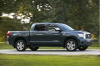 Toyota отзывает 15,6 тыс. пикапов Tundra, фото 1