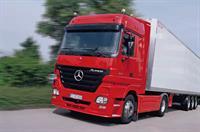 Три миллиона грузовых Mercedes-Benz, фото 1