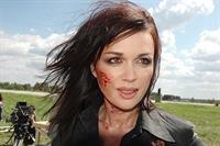 Анастасия Заворотнюк спасет мир на красном «Jaguar», фото 1