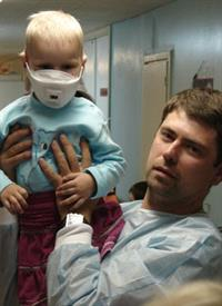 Визит автоспортсменов к маленьким пациентам РДКБ, фото 1