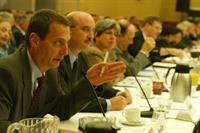 GM стремится к лидерству в области альтернативных силовых установок, фото 1