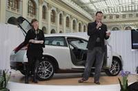 Художники мира моды находят вдохновение в автомобильном дизайне, фото 3