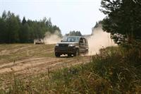 UAZ Patriot Sport против БТР, фото 2