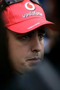 Honda отрицает возможный приход Алонсо в команду, фото 1