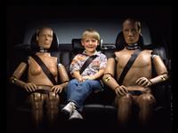 Трехточечный ремень безопасности придумал Нильс Болин, инженер компании Volvo, фото 7