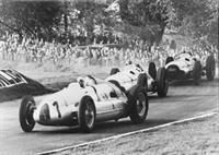 На аукционе «Christie's» выставлен гоночный автомобиль Auto Union Type D, фото 3