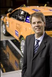 Трехточечный ремень безопасности придумал Нильс Болин, инженер компании Volvo, фото 5