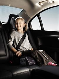 Трехточечный ремень безопасности придумал Нильс Болин, инженер компании Volvo, фото 4