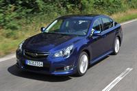 Subaru Outback и Legacy 2010 модельного года, фото 4