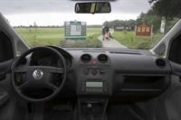 Более половины проданных в России автомобилей были куплены в Москве и Санкт-Петербурге, фото 1