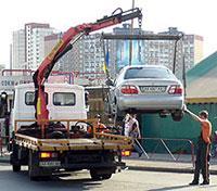 Лужков ругает свои эвакуаторы, фото 1