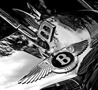 Bentley отзывает более 13 тыс. автомобилей, фото 1