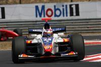 Виталий Петров выиграл гонку в Валенсии, фото 1