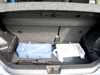 Багажник (300 л) при отодвинутом назад диване