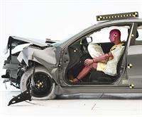 Американский страховой институт дорожной безопасности назвал самые безопасные автомобили, фото 1