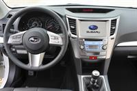 Subaru Outback и Legacy 2010 модельного года, фото 10