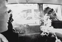 В Великобритании запретили курить за рулем, фото 1