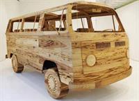 В Нью-Йорке создали деревянный Volkswagen Bus, фото 1