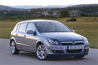 Дилеры Opel начали отзыв 47 тыс. автомобилей Astra, фото 1