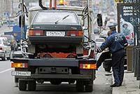ГАИшника, эвакуировавшего авто с ребенком, накажут, фото 1