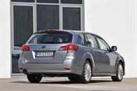 Subaru Outback и Legacy 2010 модельного года, фото 3