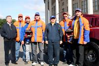Лужков прокатился на раллийном багги команды «Москва-ЗИЛ», фото 2