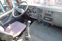 Д. Медведев умеет водить грузовик, фото 1